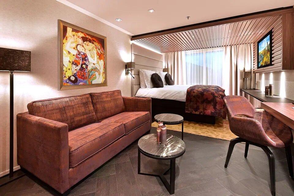 SA- Suite con Balcón Francés & Balcón Exterior