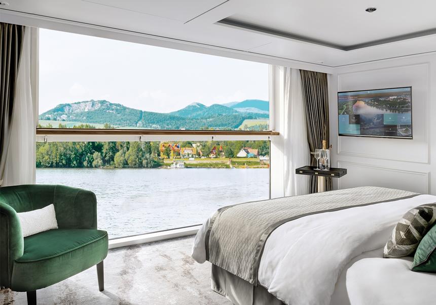 Suite de lujo con balcón ventana panorámica (S1)