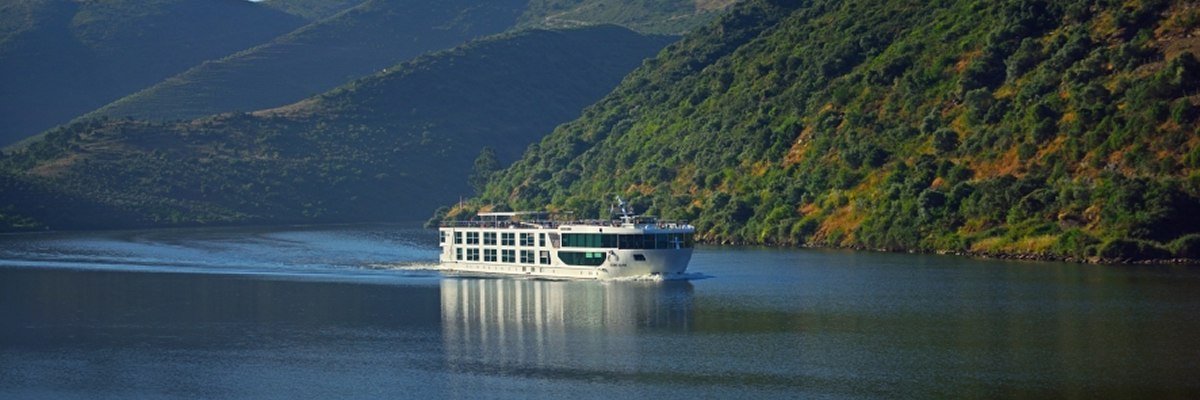 Scenic Azure por el río Duero
