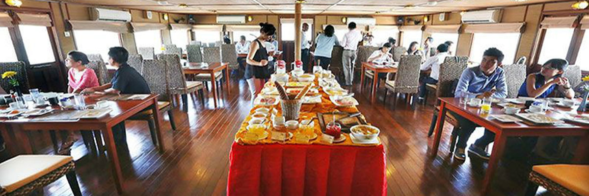 RV Indochine, restaurante