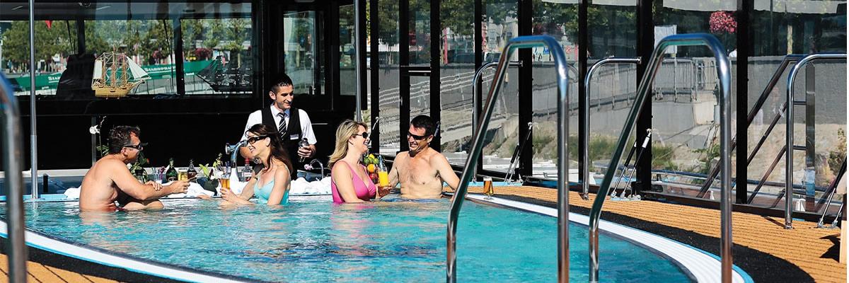 AmaCerto, piscina