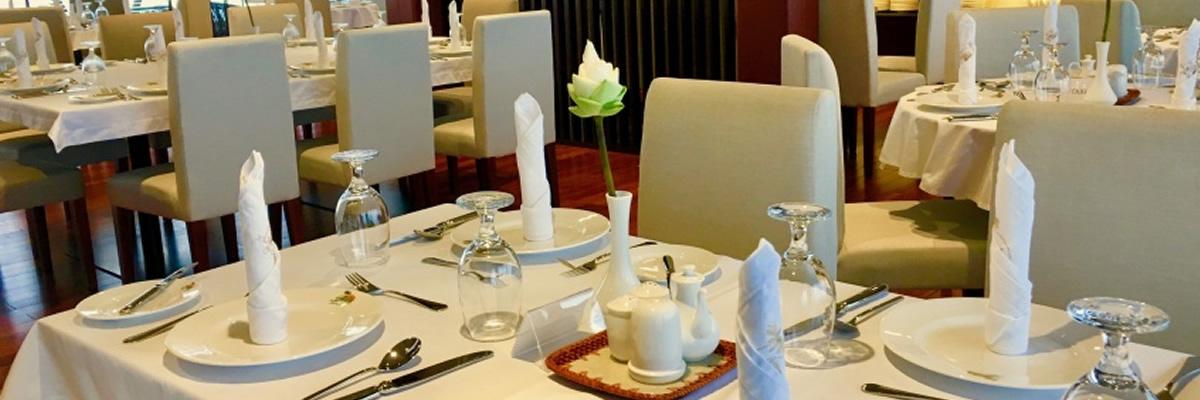 RV Indochine II, restaurante