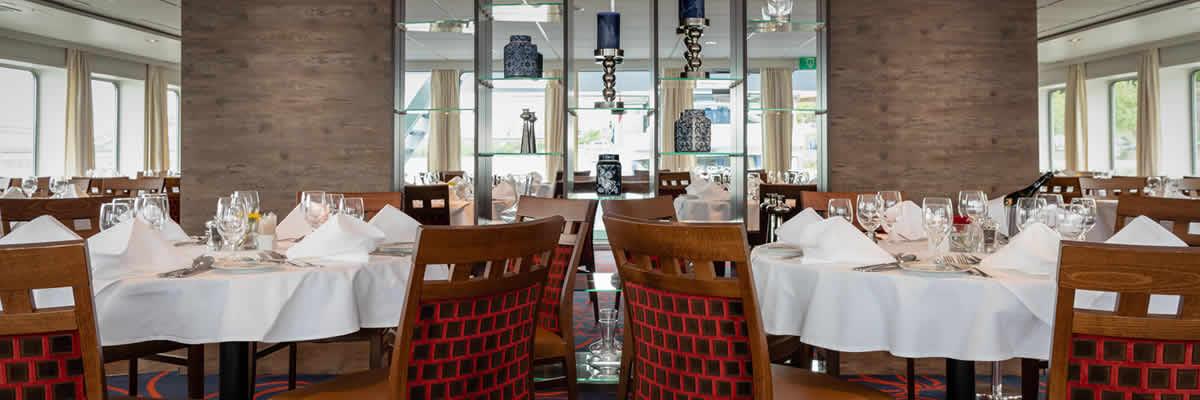 MS Crucestar, restaurante
