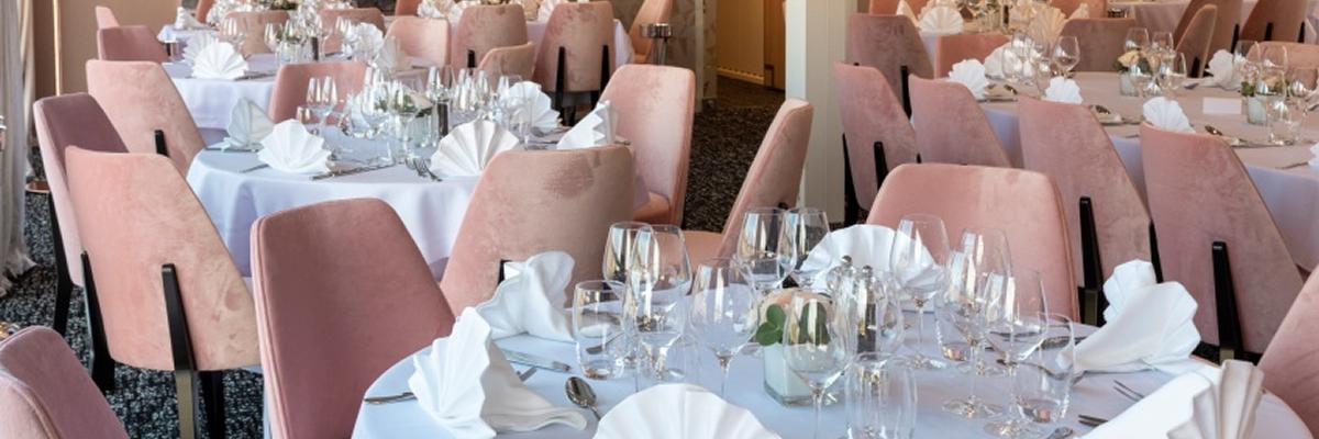 MS Renoir, restaurante