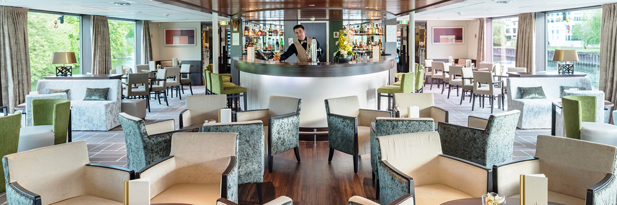 Amadeus Diamond, Bar Panorama