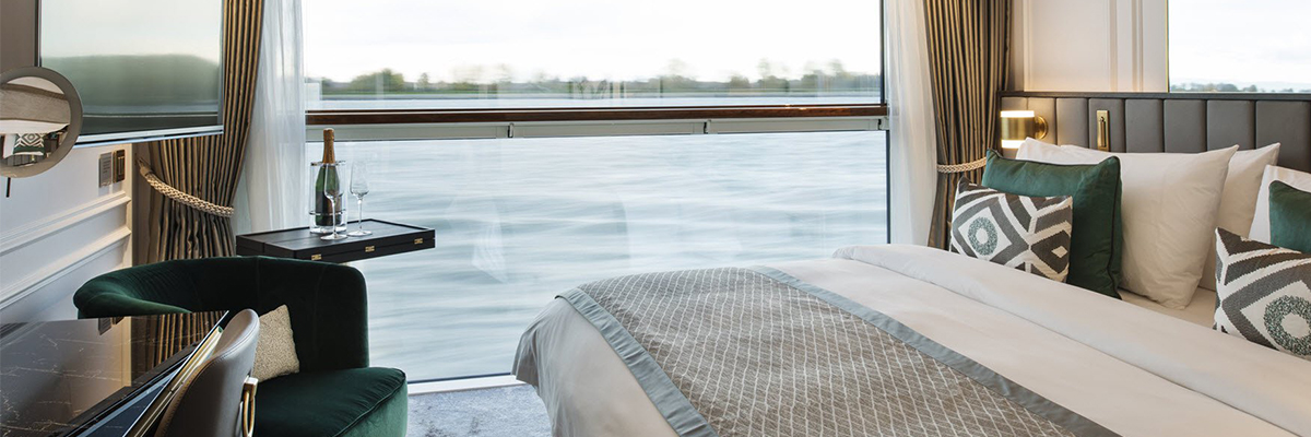 Crystal Debussy, Suite pequeña con balcón, ventana panorámica, S5