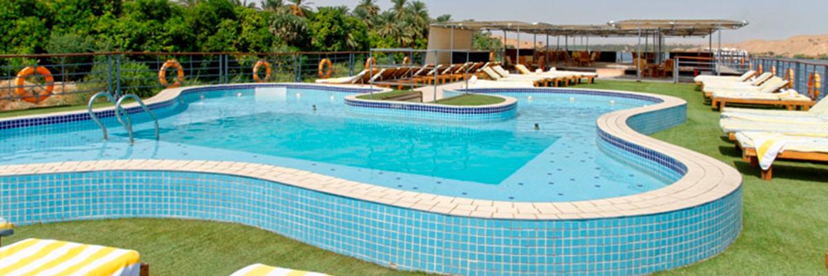 Nile Premium, Piscina