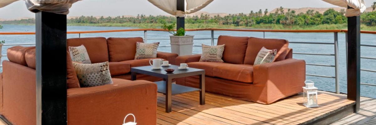 Nile Premium, Terraza Bar
