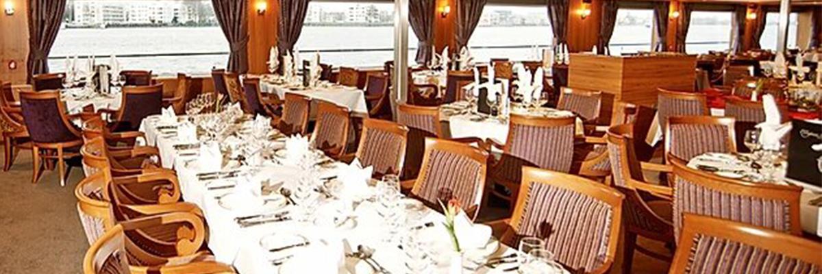 River Splendor, Restaurante