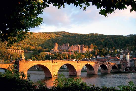 Heidelberg, al fondo su castillo