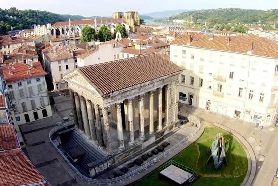 Vienne, Templo de Augusto y Livia