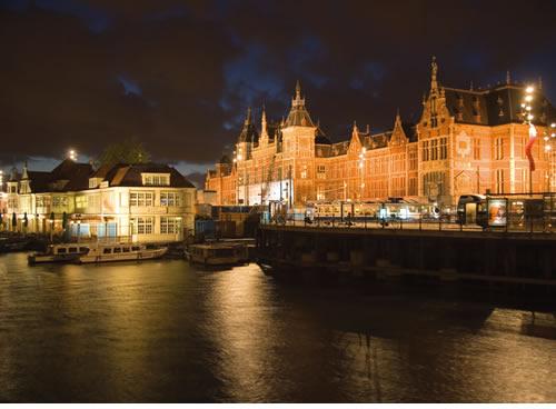 Amsterdam, Landmarks (Estación Central)