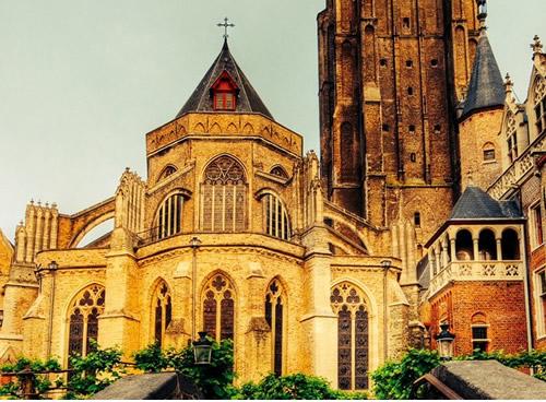 Brujas, Iglesia Nuestra Señora de Brujas