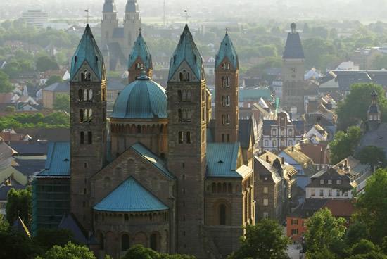 Espira, Panoramica Catedral