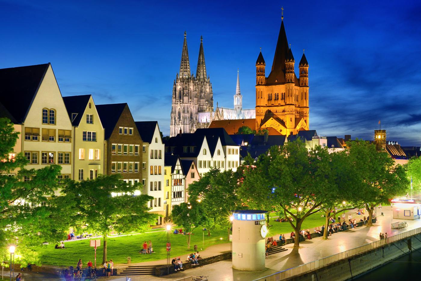 Colonia, panoramica día, Alemania, crucero Rin